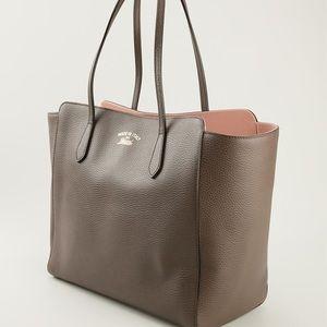 f4a562ef7d74 Women's Gucci Swing Bag on Poshmark